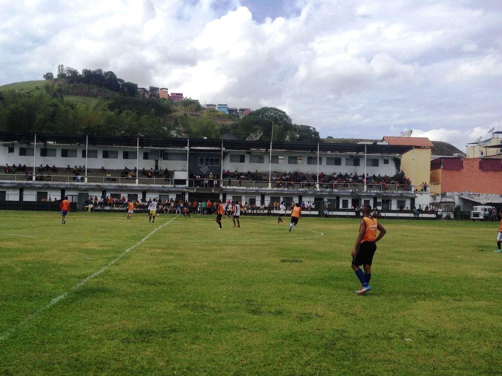 Campo em Santa Terezinha recebeu 160 atleta de 16 a 20 anos na quinta-feira