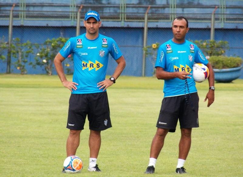 Além do também auxiliar, Julio Cirico, Léo Devanir vem sendo o braço direito de Felipe Surian no Estadual