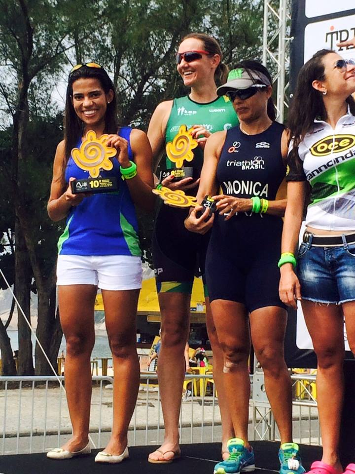 Sara Rodrigues (a esquerda) estreante em provas de triathlon foi o destaque