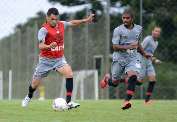 Equipe rubro-negra realizou último treino no CT do Caju antes de jogo com o Prudentópolis