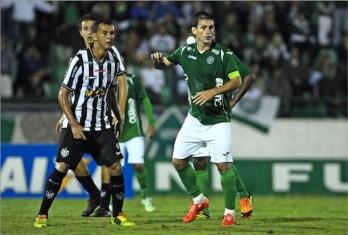 Tupi arranca empate no fim com Guarani e lidera Série C