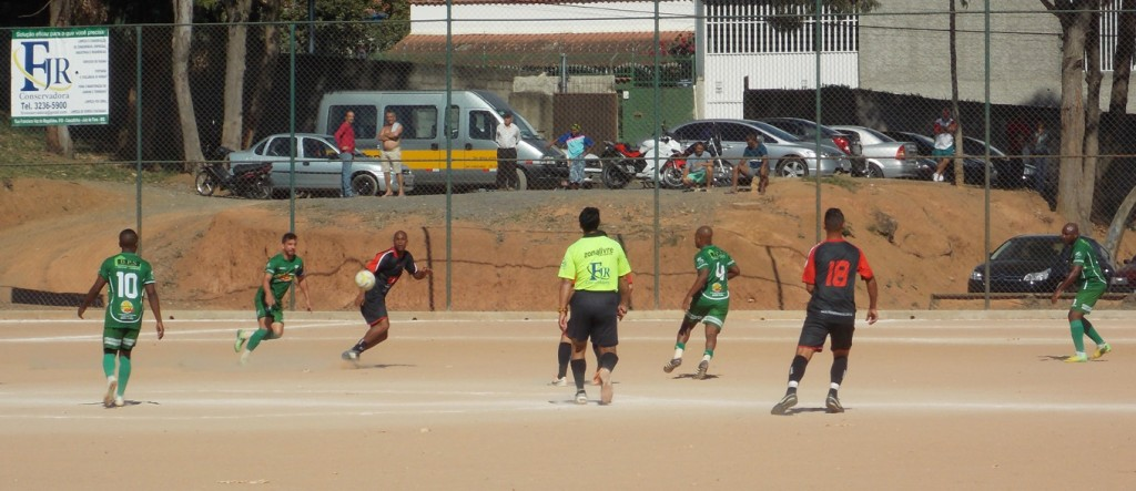 Copa JF de Futebol Amador terá os dois primeiros campeões no próximo domingo