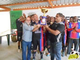 Flor da Esquina goleia e garante o bicampeonato entre os Veteranos na Copa JF