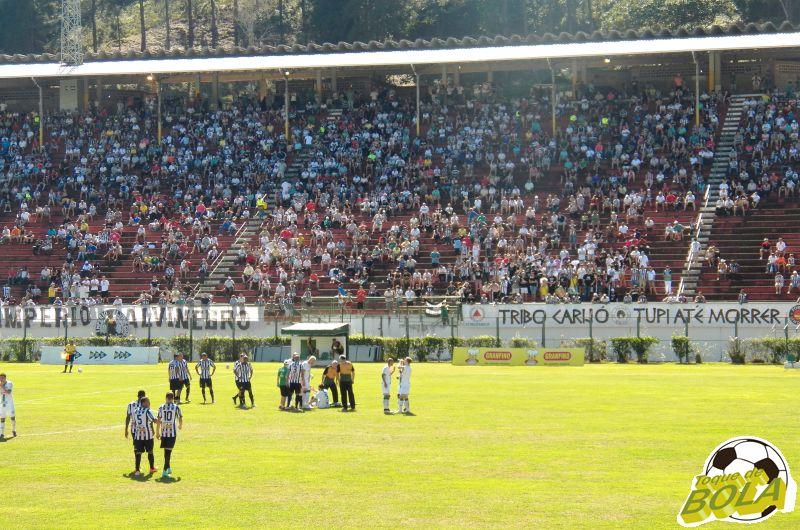 Técnico Leston Júnior almeja 8 mil pessoas no Estádio Municipal Radialista Mário Helênio