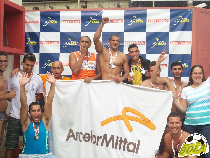 Atletas-trabalhadores da Arcelor Mittal comemoram primeiro lugar