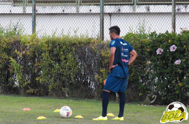 Carlos Renato está emprestado pelo Coelho ao Tupi até o fim da temporada