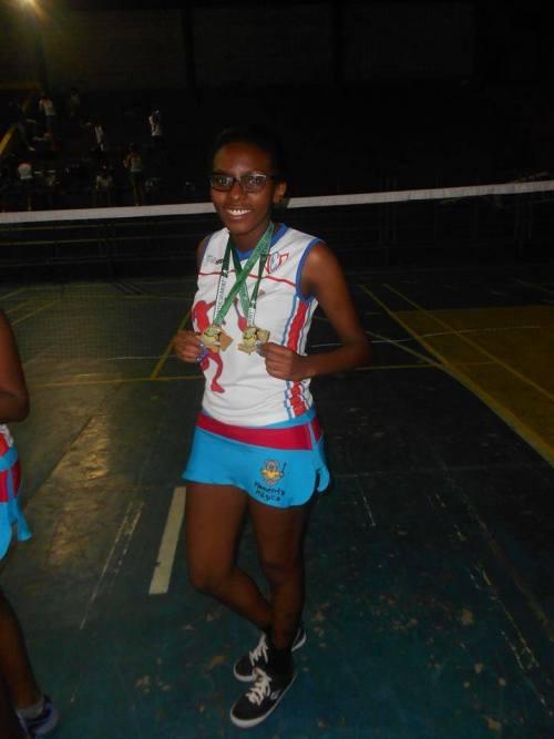 Lais Alves é uma das atletas mais promissoras presentes no Circuito Regional de Badminton