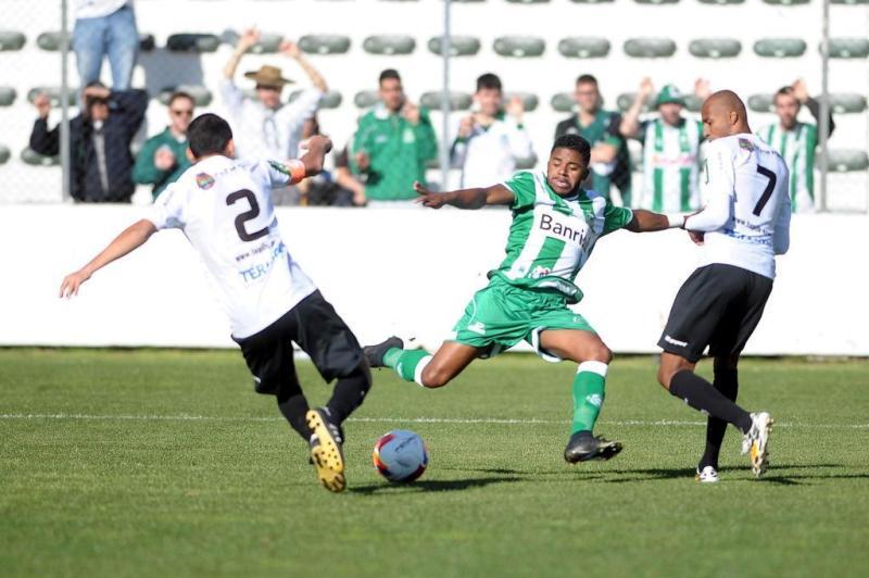 Os gols saíram na segunda etapa (Felipe Nyland/Agencia RBS)