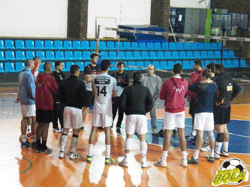 Vôlei UFJF tem segundo desafio oficial da temporada em Montes Claros