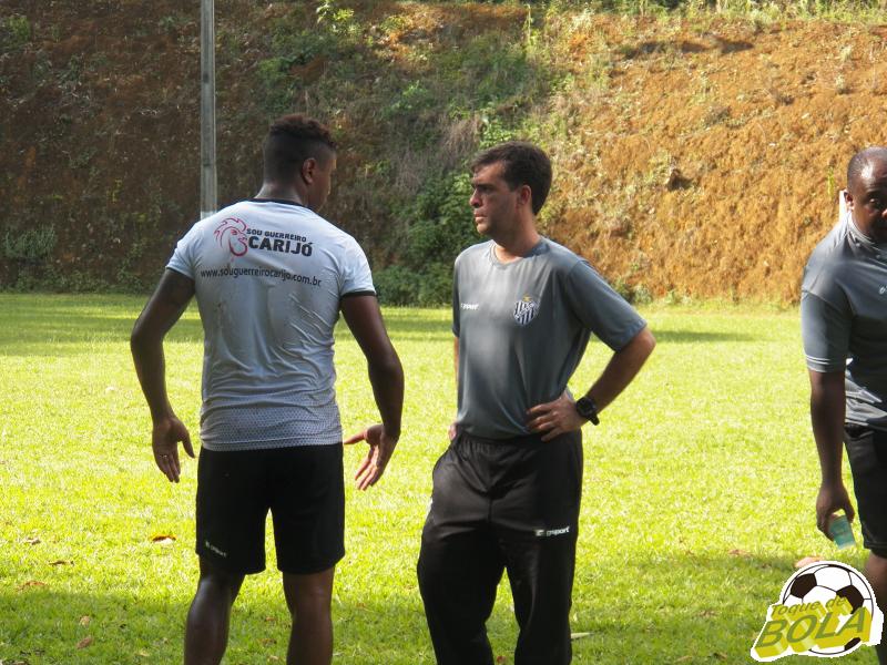 """Júnior Lopes: """"Não adianta só trabalhar com atletas por gratidão"""""""