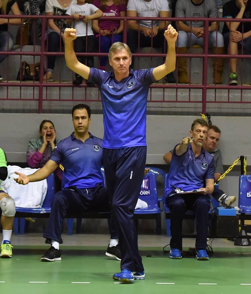 Técnico do Bento Vôlei/Isabela, Paulão foi campeão olímpico em 1992 como jogador (Foto: Renato Araújo/Divulgação)