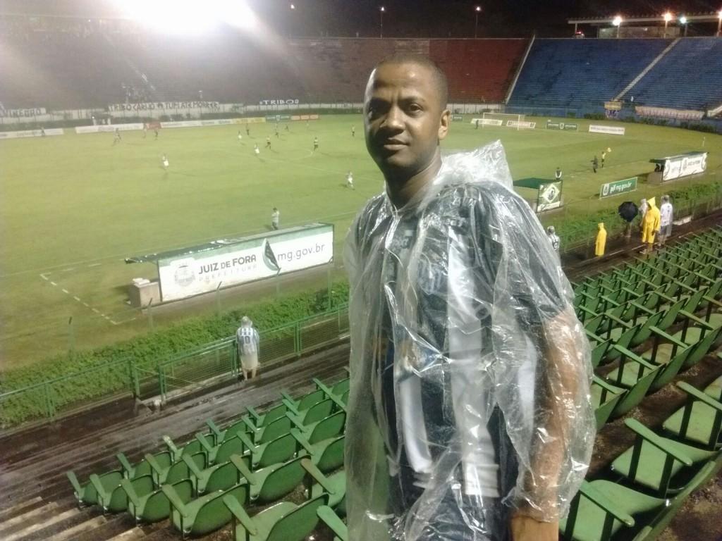 """Eliseu Menezes: """"O time se envolveu, correu bastante. E parabéns ao treinador"""""""