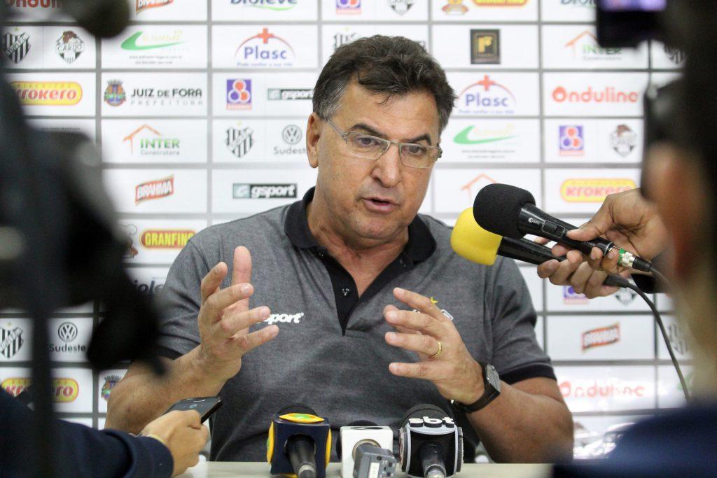 Estevam Soares na entrevista após empate em casa o líder da Série B
