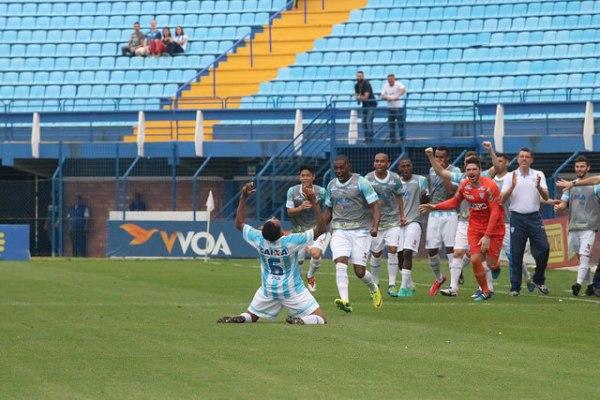 Gol contra de Bruno Costa saiu após cruzamento de Capa