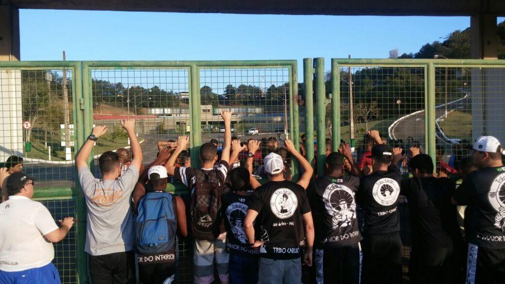 Ação da Tribo Carijó ocorreu de maneira pacífica (Foto: Antônio Neto)