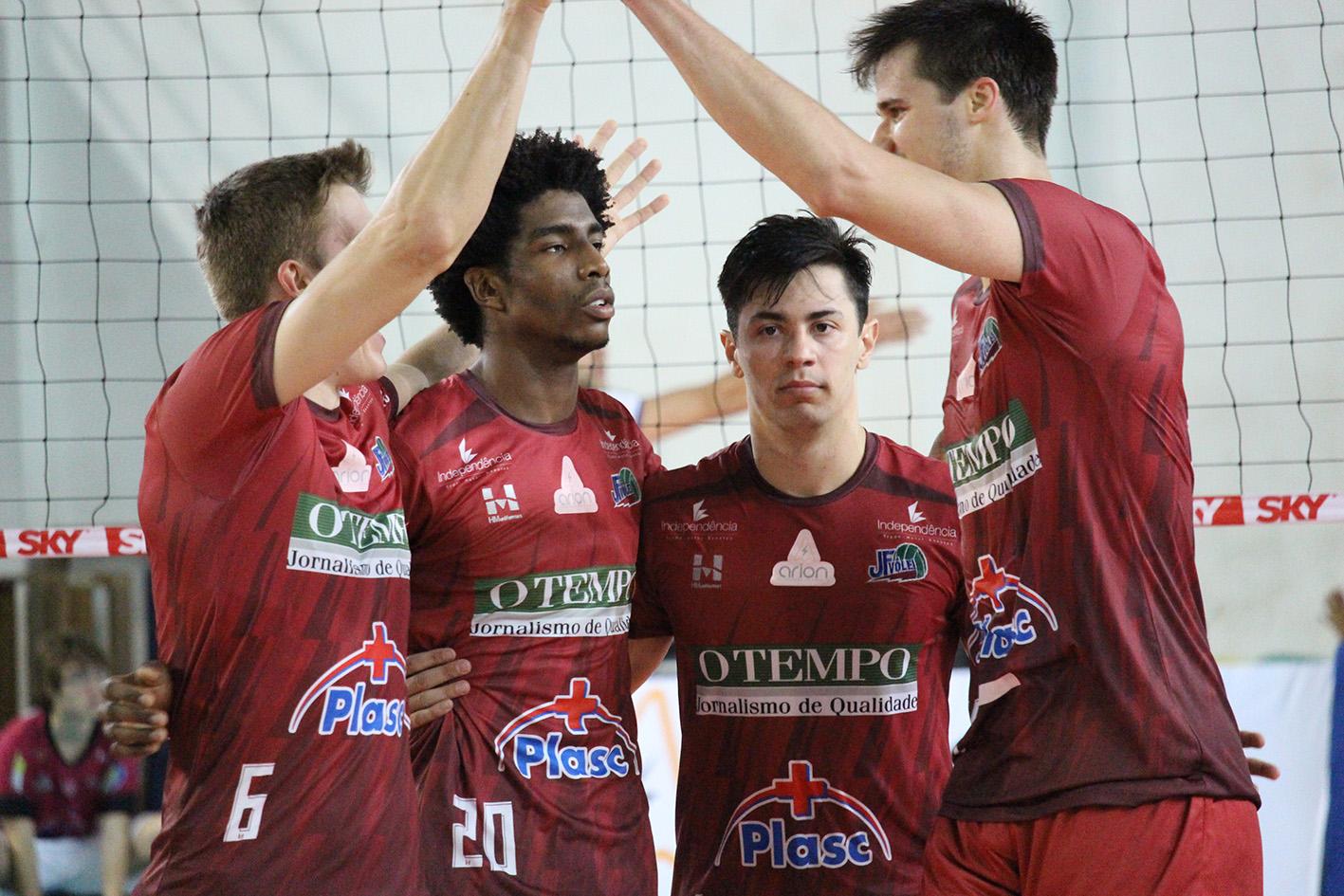 JF Vôlei volta a vencer com autoridade – 3 sets a 0 sobre Bento – e já está em quinto lugar na Superliga