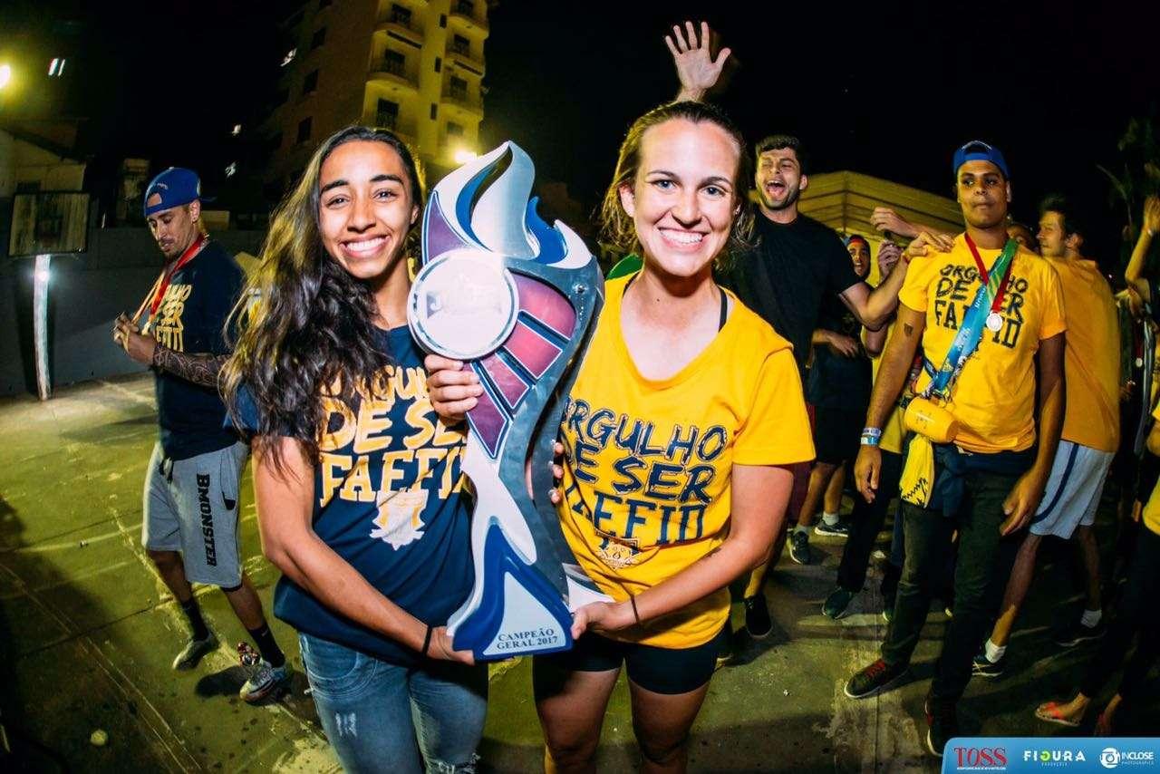 Faefid comemora título dos Jogos Universitários Mineiros de Educação Física