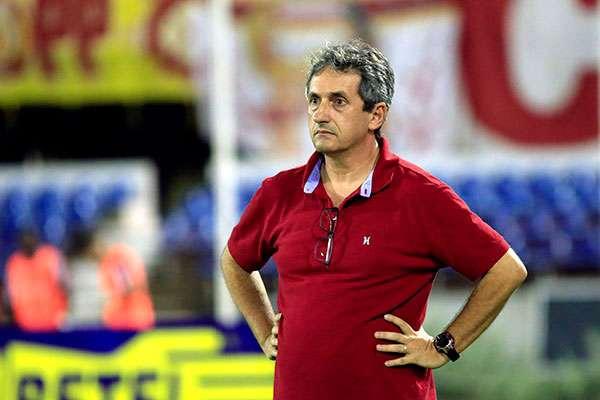Tupi confirma Alexandre Barroso, ex-Villa, Uberlândia e CRAC, como novo treinador