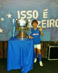 Com a taça da Copa do Brasil, conquistada pelo Cruzeiro em 2017