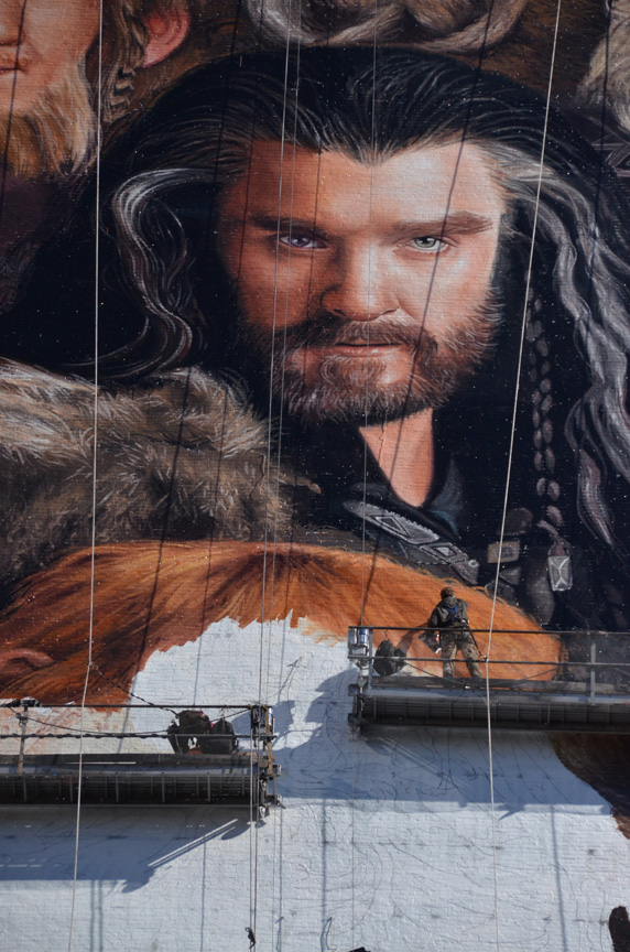 How all 13 dwarves from The Hobbit were painted onto a 150 foot tall wall in New York City