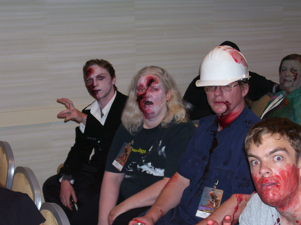 Engi-Zombie: Suit-Lady says I need to evacuate your brains. Hold still.