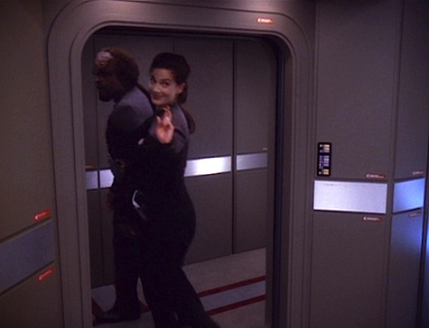 Star Trek: Deep Space Nine Rewatch on Tor.com: A Time to Stand