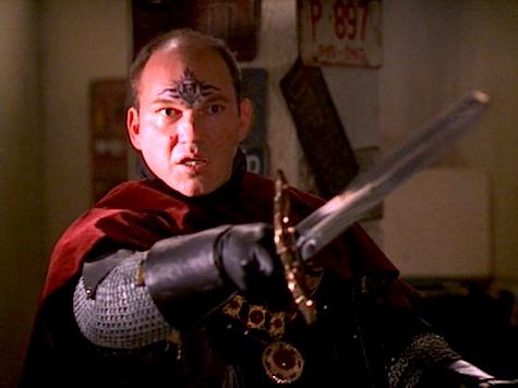 Buffy the Vampire Slayer, Spiral
