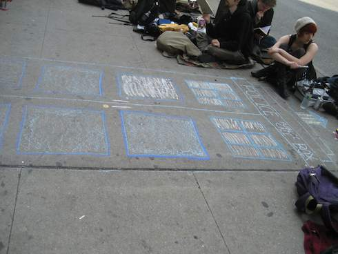 Chalk TARDIS at the DW Line Con