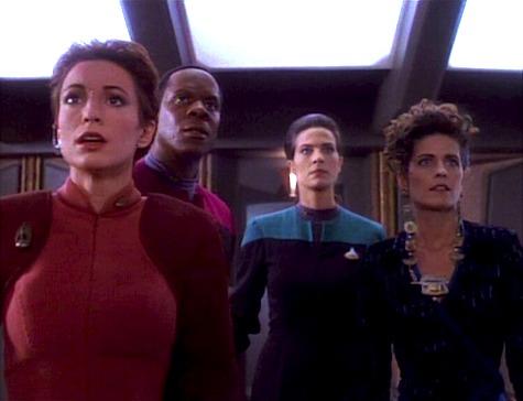 "Star Trek: Deep Space Nine Rewatch: ""Q-Less"" | Tor com"