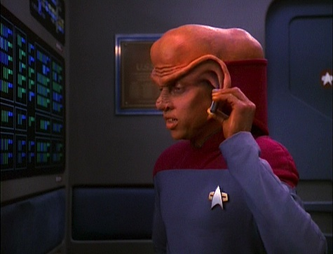 Star Trek: Deep Space Nine Rewatch on Tor.com: For the Uniform
