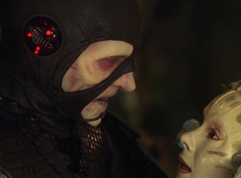 Farscape, Season 1 Episode 21, Bone to Be Wild