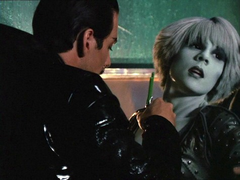 Farscape, Thanks For Sharing, Chiana