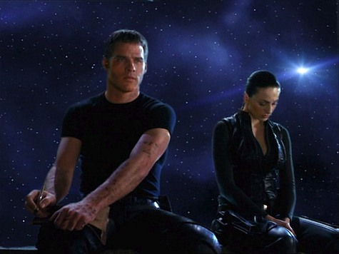 Farscape Into the Lion's Den II Wolf in Sheep's Clothing Crichton Aeryn
