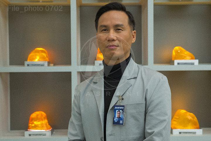 Jurassic World viral website photos Dr. Henry Wu B.D. Wong