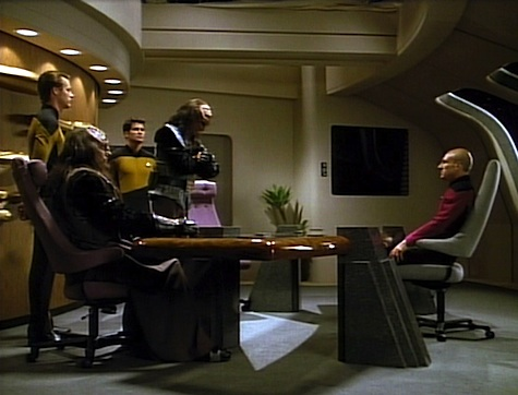 Star Trek: The Next Generation Rewatch: Reunion
