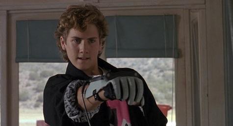 the_wizard_power_glove.jpg?fit=475,%2099