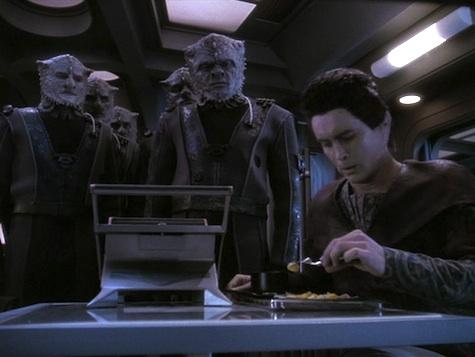 Star Trek: Deep Space Nine Rewatch on Tor.com: Fourth Season Overview