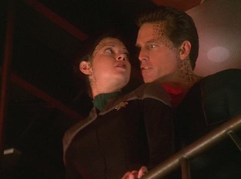 Star Trek: Deep Space Nine Rewatch on Tor.com: Field of Fire