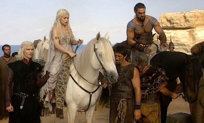 Khal Drogo and Daenarys Targaryen with their horses