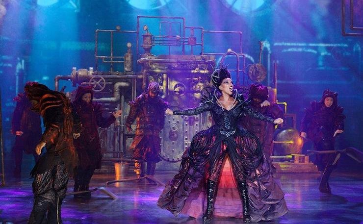 Queen Latifah IS the Wizard of Oz: NBC's The Wiz   Tor com