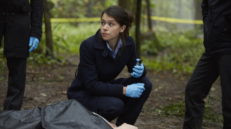 "Orphan Black 4x01 ""The Collapse of Nature"" television review Beth Childs"