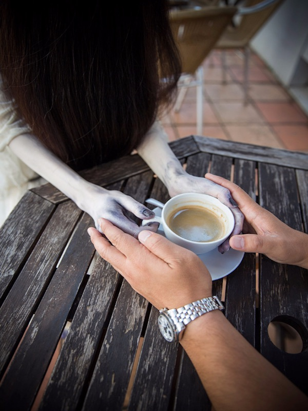 Sadako at the cafe