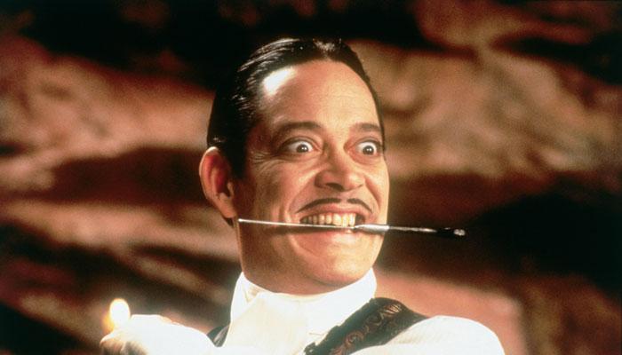Gomez Addams knife tango