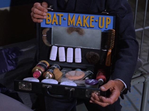 Batman-CatwomanCollege09
