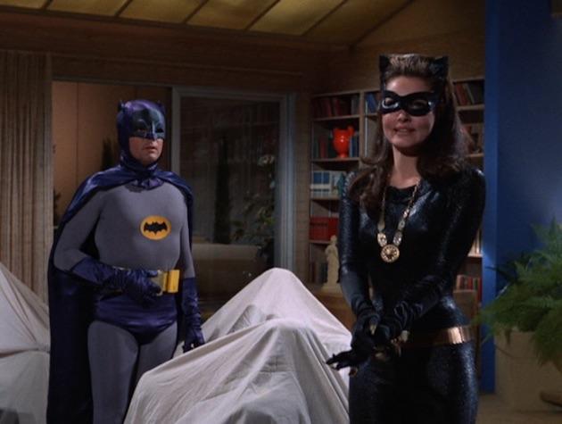 Batman-CatwomanCollege13