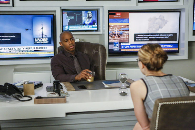 """Supergirl 2x10 """"We Can Be Herores"""" television review"""