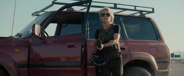 Terminator: Dark Fate, trailer, Sarah Connor stepping out of car with machine gun