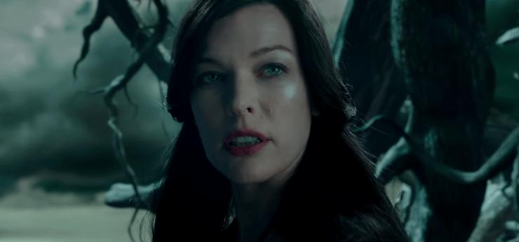Nimue (Milla Jovovitch) in Hellboy (2019)