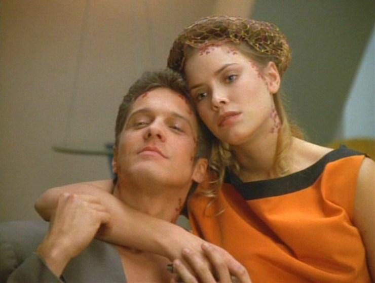 "Star Trek: Voyager ""Favorite Son"""