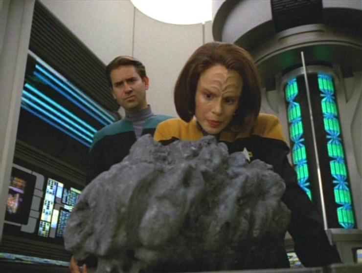 "Star Trek: Voyager ""Rise"""